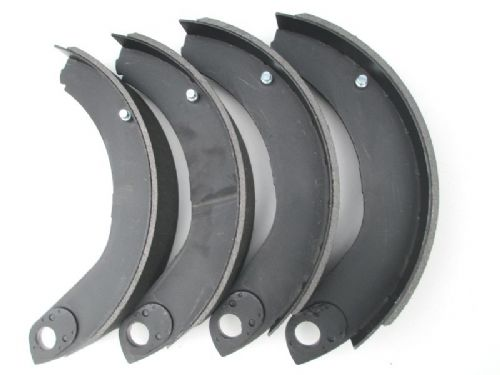Front brake shoe set, after February 1962 (H Van)